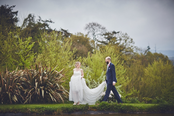 Upton_Barn_wedding_photography_Devon_0043.jpg
